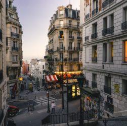 pari-house-building